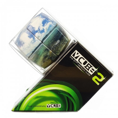 V-CUBE 2 Pillowed - Crystal Waters - In Packaging